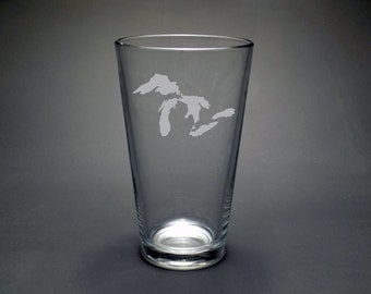 Great Lakes Pint Glass - Midwest Pint Glass - Michigan Pint Glass - Great Lakes Map - Wisconsin Pint Glass - Great Lakes Outline