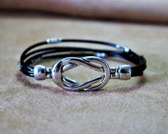 Black leather bracelet with Silver magnetic clasp