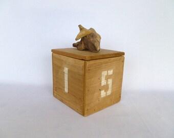 UPCYCLED DRIFTWOOD BOX