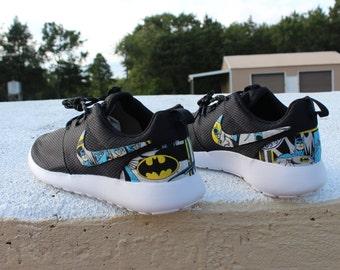 Batman Nike Custom Roshe