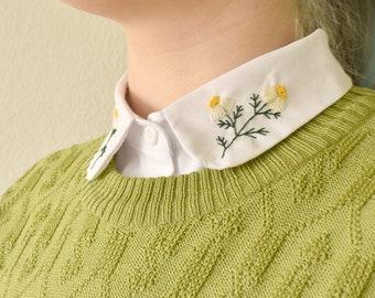Geborduurd blousje voor onder een trui | Handgemaakt vintage look | Kamille borduurwerk | Schattig kraagje | Botanisch