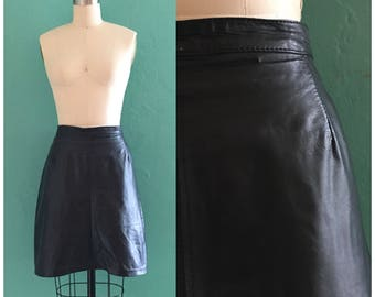 vintage 80's black leather skirt // leather knee length skirt