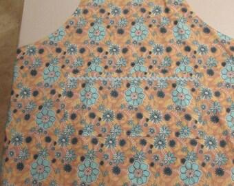 X Large Apron flower pattern    (#523)
