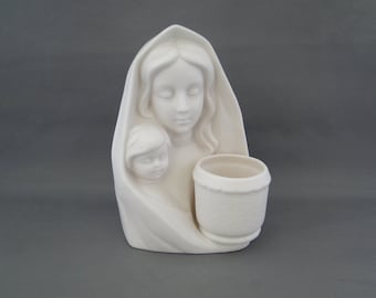 Vintage Virgin Mary with Baby Jesus Made In Japan