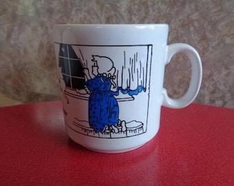 Vintage 1970's Twinkle Twinkle Little Star pottery mug.