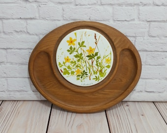 Vintage Goodwood Tile and Wood Trivet Cheese and Cracker Server Flowers