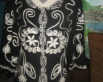 Beautiful/Fancy Black and White Ornate Sweater/Blouse/Shirt/Top by Collection