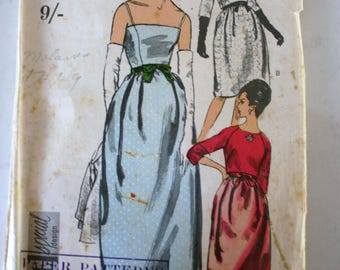 Vintage 1960's Vogue sewing pattern #6054 size 10 classic evening dress with bolero