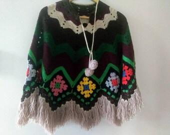 1970s crochet granny square fringe poncho