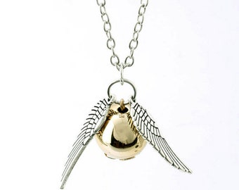Harry Potter Golden Snitch Necklace Quiddich Collectable