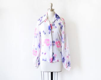 white floral blouse, vintage 70s blouse, 1970s floral button up shirt, large l