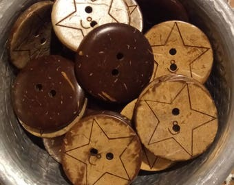 6 round buttons coconut carved pattern star