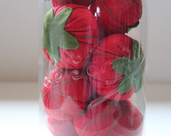 Classic Tomato Pincushion