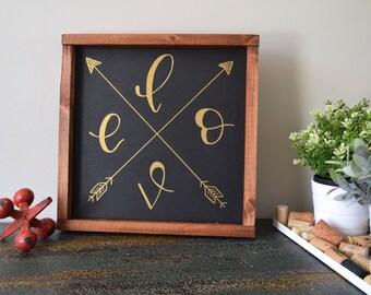 Love Arrows Sign