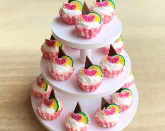 10Miniature Cupcakes,Miniature Cake,Miniature Bakery,Miniature Sweet,Dollhouse cake,Dollhouse Bakery,Cakes,Fruit