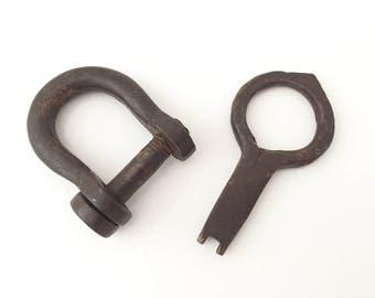 Antique Lock and Key - Wrought Iron decor - Skeleton Key Medieval Key Hand Hammered Metal Lock Shackles - Steampunk Key Farmhouse Decor Rust