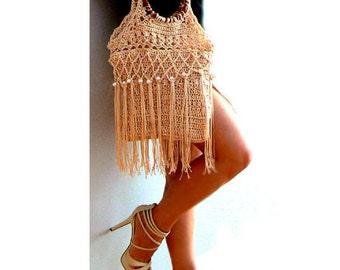 Fringe crochet purse- Beige embellished handbag- Wood handles fashion purse- Vintage inspired pearls bag- Chic, boho women resort purse