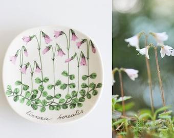 ARABIA Finland, ceramic wall art   Esteri Tomula plate, Linnaea borealis, Linnea, Tomula wall plate, wall decor plate, ceramic wall plate