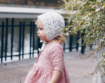 Magnolia Bonnet in White, Crochet Bonnet Baby, Baby Bonnet Girl, Baby Girl Clothes, Outfit For Baby Girl, Girl Hat, Spring Outfits For Girls