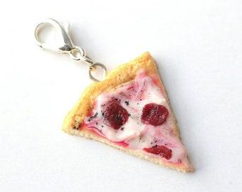 Charm - Realistic pizza slice