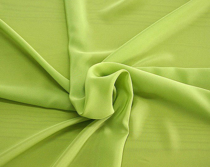 301087-crepe de Chine natural silk 100%, wide 135/140 cm, made in Italy, dry cleaning, weight 88 gr, price 1 meter: 45.38 Euros