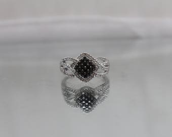 925 - 1.00 CTW - Black & White Diamond Lattice Style Engagement Ring in Sterling Silver