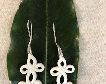 Looping Celtic Crossed Knots Bone Earrings And Sterling Silver Hook.Celtic Jewelry.Celtic Knot Earring.Women.Bone Dangle Earrings.Wedding.