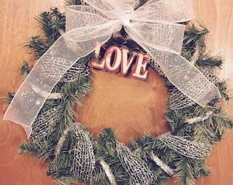Holiday Wreath (Silver)