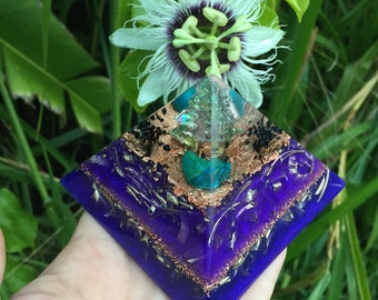 Luakini Temple Orgone Pyramid with Bismuth, Chrysocolla and Black Tourmaline (medium)