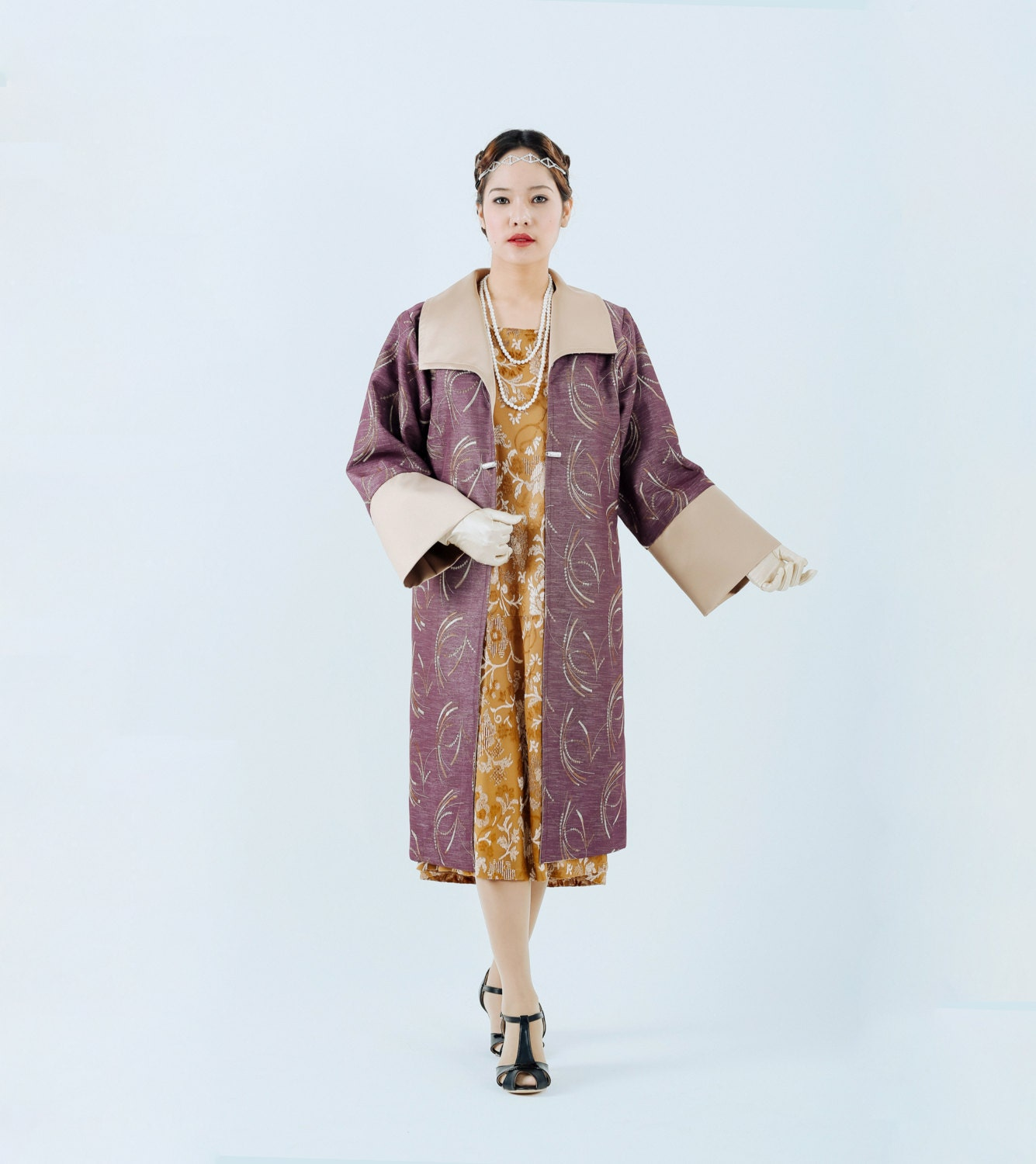 1920s Great Gatsby coat in mauve and beige colors purple