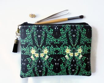 Mum gifts, sewing Pouch, green trend, leafy, travel wallet, makeup organiser.