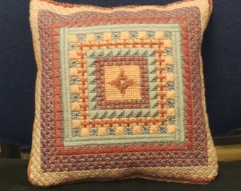 Mini Tapestry Cushion = pink/lilacs