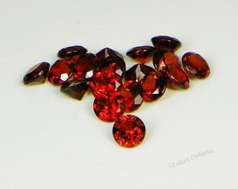 Genuine Mozambique Garnet (3mm - 5mm) Gemstones Round VVS Excellent Quality