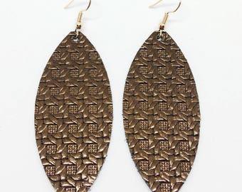 Metallic brown basket weave teardrop leather earrings, leather lightweight earrings, hypoallergenic earrings, leather cutout earrings