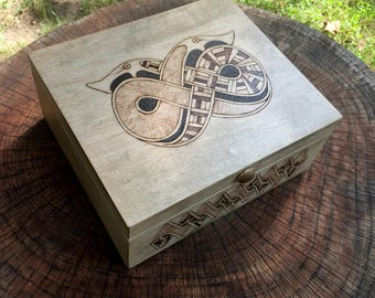 Keepsake Box, Trinket Box, Jewelry Box, Gift Box, Storage Box for Hnefatafl Playing Pieces, handcrafted w/ magnetic closure - MADE TO ORDER