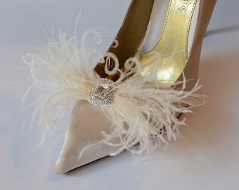White or Ivory Ostrich Feathers Bows Shoe Clips With Little Pearl Center Brooch Set of 2