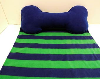 Dog Blanket Fleece With Attached Bone Pillow Navy And Green Small/Medium