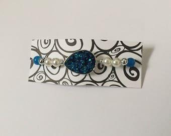 Druzy Pendant Bracelet / Blue Druzy Jewelry / Stretchy Druzy Bracelet