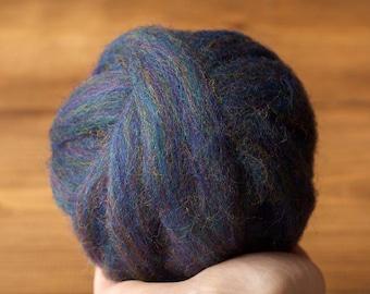 Wool Roving for Needle Felting in Blue Goldstone, Dark Blue, Midnight Blue, Wet Felting, Spinning, Chunky Yarn, Fiber Art Supply, DIY