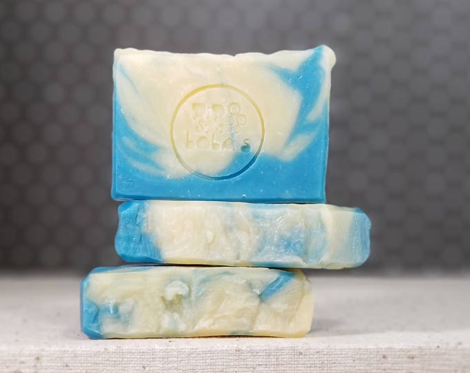 """Bunny Farts Scented """"Doctor Butts"""" Soap Goddess Loves Shakespeare Soap, vegetarian, lightly scented, yogurt soap, free shipping"""