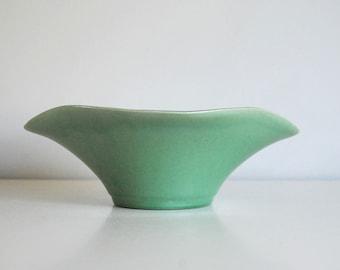 USA Pottery Bowl C-1, Green Scalloped Bowl, Arts and Crafts Ceramics, American Art Pottery, Fine Art Ceramics, Mid Century Modern