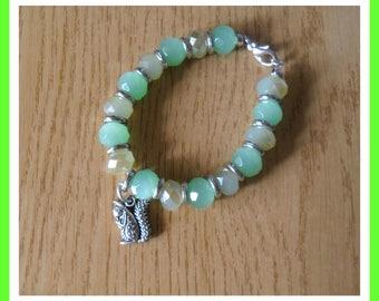 Opaque green bracelet