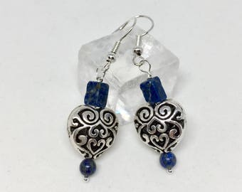 Lapis lazuli heart earrings, lapis jewelry, lapis earrings, dark blue stone earrings, silver heart earrings, blue silver heart earrings