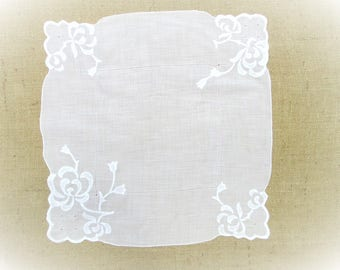 """Vintage Handkerchief Hand Embroidered Floral Applique 16"""" inch  White Wedding Hankie Bridal Party Shower Hanky Gift for Her"""