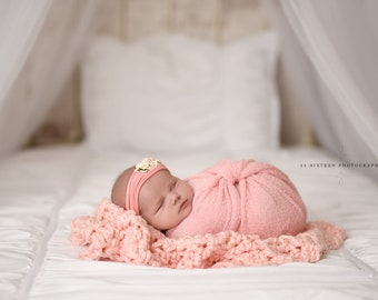 Chunky Light Pink Baby Blanket Newborn Photography Prop
