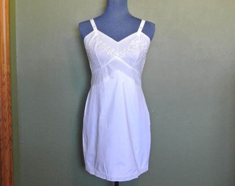 1960s White Charmode Slip/Sears and Roebuck Co.
