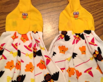 Halloween Owls, Bats, Witches Hats and Bats Hanging Towels with Yellow Hanger and Owl Buttons