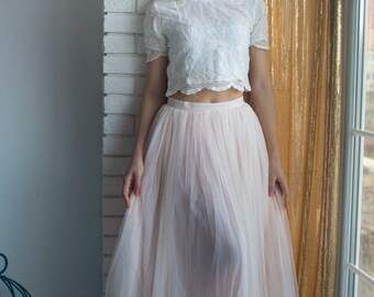 Bridesmaids Tulle Skirt Top set, Long Tulle Skirt, Lace Crop Top, Bridal Party skirts, Floor length skirt, Blush skirt, Bridesmaids outfits