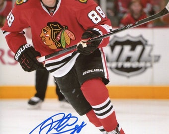 PATRICK KANE signed autographed 8x10 PROFESSIONAL photo ( Pre-Print ) chicago blackhawks star .ready to frame and display . Free Shipping