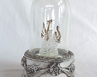 International Silver Plate Spun Glass Art Angel Dome Hark Herald Angels Sing Carol 7.5in High